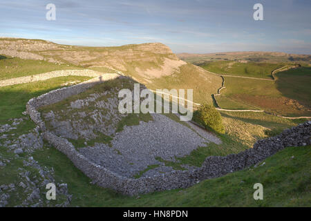 View to Smearsett Scar from Pott Scar above Feizor, Ribblesdale, Yorkshire Dales National Park, North Yorkshire, - Stock Photo