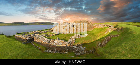 The Broch of Gurness is a rare example of a well preserved broch village (500 to 200BC), Orkney Island, Scotland. - Stock Photo