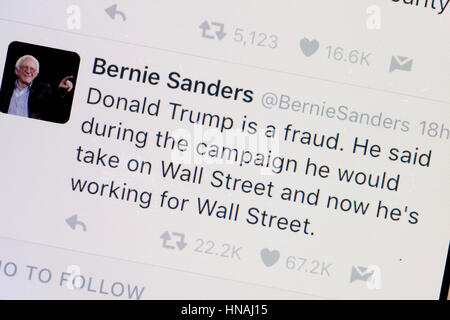 Senator Bernie Sanders Twitter account - USA - Stock Photo