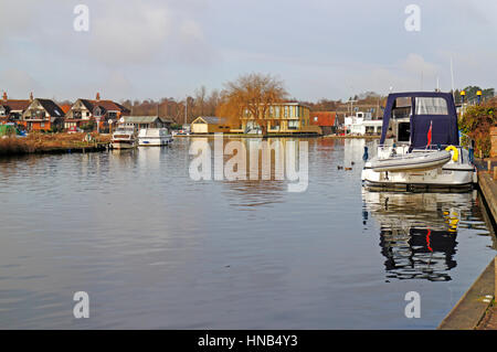 A view of the River Bure on the Norfolk Broads at Horning, Norfolk, England, United Kingdom. - Stock Photo