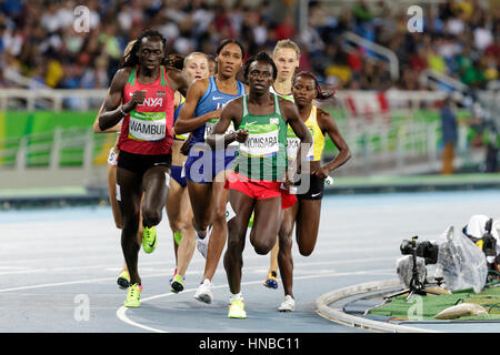 Rio de Janeiro, Brazil. 18 August 2016.  Athletics,Francine Niyonsaba (BDI) and  Ajee Wilson (USA)  competing in - Stock Photo