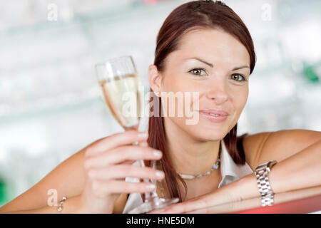 Model release, Junge, attraktive Frau mit Sektglas - young, attractive woman with sparkling wine - Stock Photo