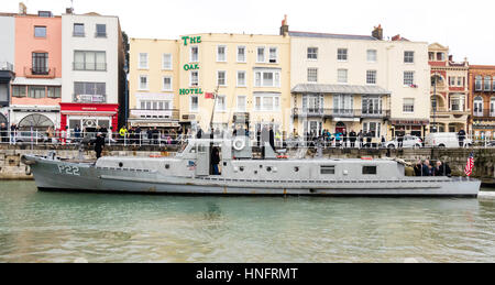 England, Ramsgate harbour. Restored American patrol boat, p22, with various dignitaries on board during the 75th - Stock Photo