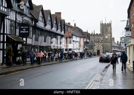 Stratford-upon-Avon, Warwickshire, UK. 12th Feb, 2017. UK. Overseas visitors explore the town of Stratford-upon - Stock Photo