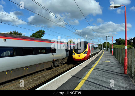 Virgin Trains Class 390 Pendolinos at Oxenholme Station, Cumbria, England, United Kingdom , Europe. - Stock Photo