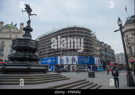 Piccadilly Circus advertising boards switched off allowing a single new curved ultra-high definition screen to be - Stock Photo