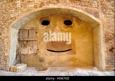 ancient fountain, colle di val d'elsa, tuscany, italy - Stock Photo