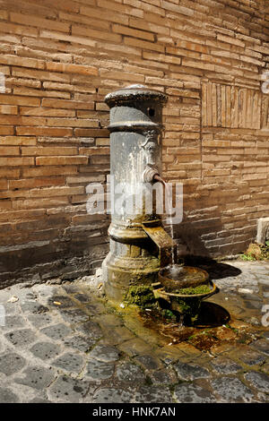 italy, rome, jewish ghetto, piazza lovatelli, fountain - Stock Photo