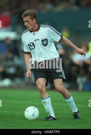 THOMAS STRUNZ GERMANY & VFB STUTTGART FC 05 June 1996 - Stock Photo