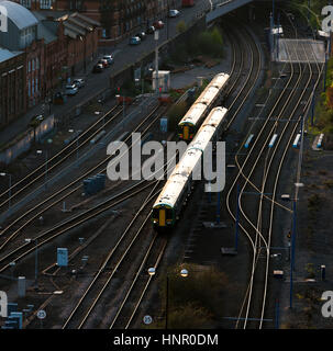 A train puling in to Snow Hill station. Birmingham, West Midlands, England, UK - Stock Photo