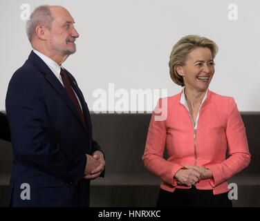 Brussels, Belgium. 15th Feb, 2017. Polish Minister of National Defense Antoni Macierewicz (L) is talking with the - Stock Photo