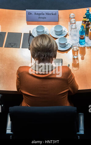 Berlin, Germany. 16th Feb, 2017. The German chancellor Angela Merkel (CDU) sits before an inquiry committee investigating - Stock Photo