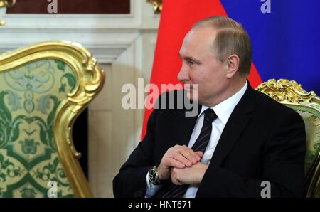 Moscow, Russia. 16th Feb, 2017. Russian President Vladimir Putin chats with the President of Uruguay Tabare Vazquez - Stock Photo