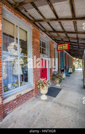 Cholokka Boulevard in Micanopy in Alachua County. Florida's self-proclaimed antiques capital. Named in honor of - Stock Photo
