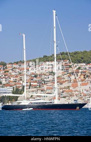 Hafenstadt Sibenik, Dalmatien, Kroatien - Sibenik, Dalmatia, Croatia - Stock Photo