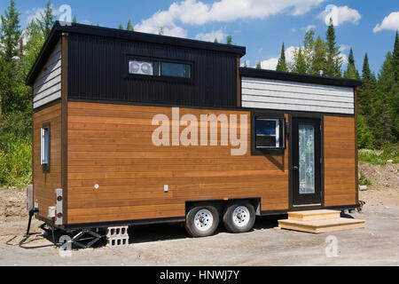 Contemporary Mobile Home Quebec Canada