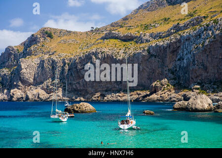 Yachts moored off coast, Cala Figuera, Majorca bay, Spain - Stock Photo