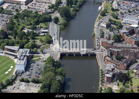 An aerial view of the Worcester City Bridge crossing the River Severn, linking both sides of the City. - Stock Photo