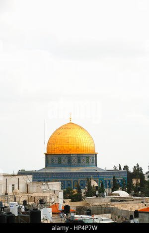 islamic shrine dome of the rock at tempel mount, old city, jerusalem, israel - Stock Photo