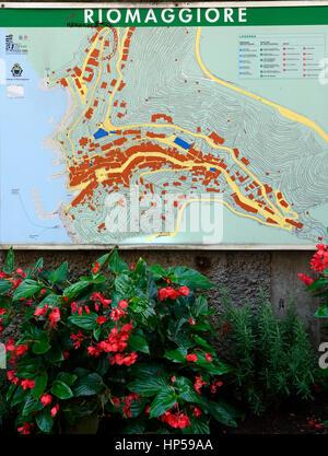 riomaggiore street map, maps, Clifftop village, Riomaggiore, Cinque Terre, UNESCO World Heritage Site, Liguria, - Stock Photo