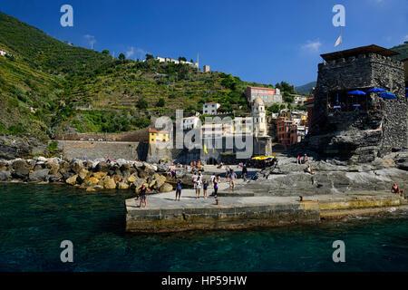 Vernazza, Cinque Terre, Coast, Coastline, Village, Villages, cliff, cliffs, clifftop, colourful, colorful, houses, - Stock Photo