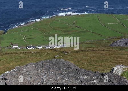 The view from Geokaun Mountain Valentia Island down twoards the Tetrapod Trackway coast. - Stock Photo