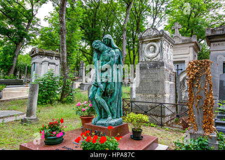 Tombs in the Pere Lachaise cemetery, Paris, France, F Chopin - Stock Photo