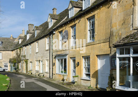 Old Stocks Inn pub and bed and breakfast in Stow-on-the-Wold in the Cotswolds - Stock Photo