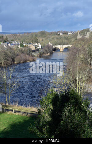 River Tees at Barnard Castle, County Durham, looking towards the road bridge and the ruins of the castle - Stock Photo