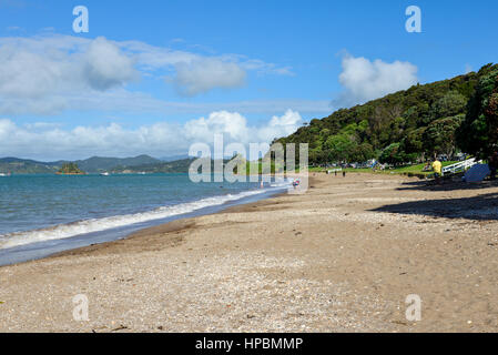 A scenic view of Paihia beach, Bay of Islands, New Zealand, North Island - Stock Photo