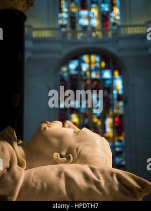 The cenotaph of General de La Moricière, Saint-Pierre-et-Saint-Paul cathedral, Nantes, France - Stock Photo