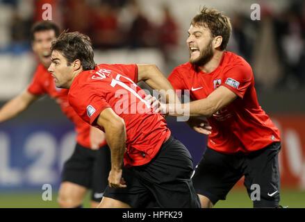(170222) -- DOHA, Feb. 22, 2017 -- Qatar's Al Rayyan's Gonzalo Viera (L) celebrates with his teammates scoring their - Stock Photo