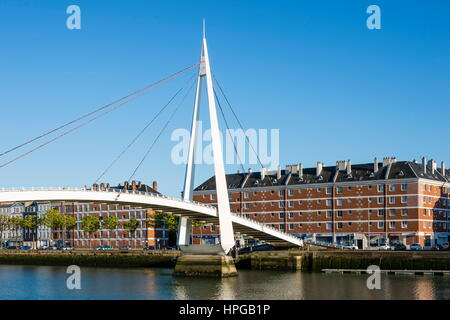 France, Normandy, Le Havre. Bassin du Commerce and Gateway Francois Le Chevalier. The red brick buildings in Saint - Stock Photo