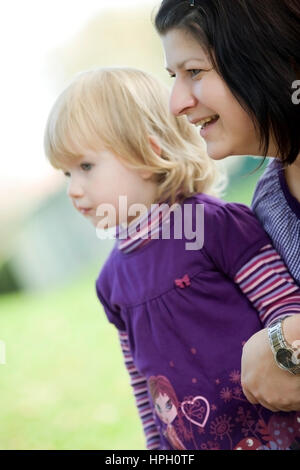 Model released , Mutter und Tochter, 3 - mother and daughter - Stock Photo