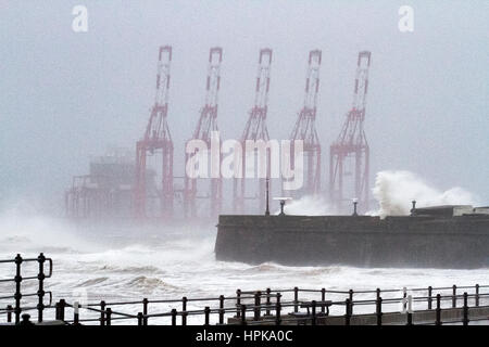 Storm Doris, New Brighton, Cheshire, UK. 23rd Feb, 2017. UK Weather. Storm Doris destroys the Wirral peninsula as - Stock Photo
