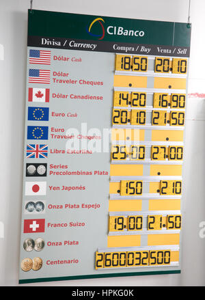 Mexico City, Mexico. 23rd Feb, 2017. Exchange rate board outside local money exchange shows weakness in current - Stock Photo