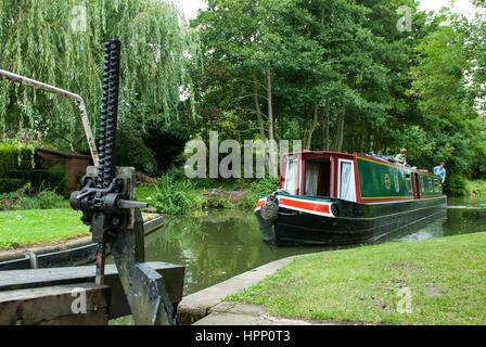 Rowington Lock No30 near Lowsonford on the Stratford Canal, Warwickshire, England. - Stock Photo