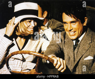 BONNIE AND CLYDE 1967 Warner Bros/Seven Arts film with Faye Dunaway and Warren Beatty - Stock Photo