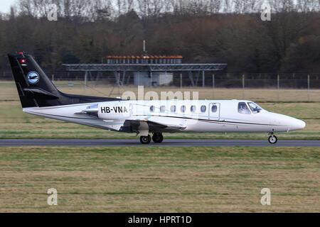 Cessna Citation 560 HB-VNA departing Southampton Airport, UK - Stock Photo