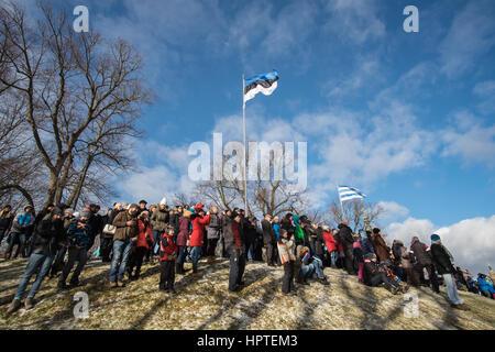 Tallinn, Estonia, 24th Febrary 2017. People gather at the Freedom square to see the military parade. Estonia celebrates - Stock Photo