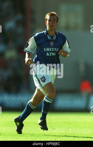 JAMIE CLAPHAM IPSWICH TOWN FC 11 August 1998 - Stock Photo