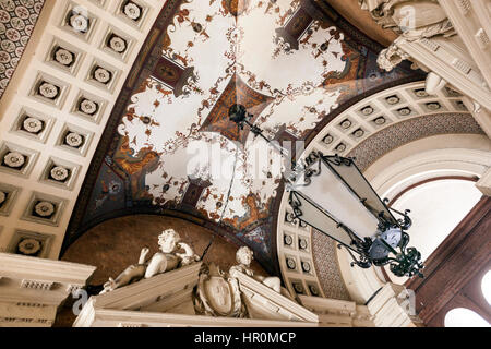 Entrance ceiling and lamp of a Residential building. Listed in Szent István boulevard 16, Pest, Budapest - Stock Photo