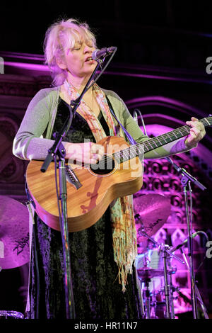 London, UK. 25th Feb, 2017. Singer/songwriter Sally Barker performing at the Union Chapel Credit: MusicLive/ Alamy - Stock Photo