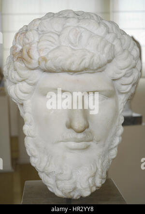 Lucius Verus (130-169). Roman emperor. Nerva-Antonine dyansty. Bust. 2nd century. From Colony Forum, Tarragona. - Stock Photo