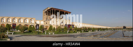 ISFAHAN, IRAN - OCTOBER 11, 2016: Ali Qapu Palace on Meydan-e Imam on October 11, 2016 in Isfahan, Iran. - Stock Photo