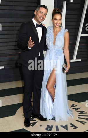 Beverly Hills, CA, USA. 26th Feb, 2017. 26 February 2017 - Beverly Hills, California - Cash Warren, Jessica Alba. - Stock Photo