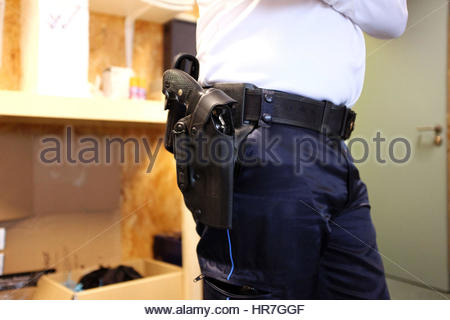 A SIG SAUER 9MM REVOLVER, POLICE OFFICE, PAU, PYRENEES ATLANTIQUES, FRANCE - Stock Photo