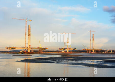 Construction of new Runcorn Widnes Bridge across the River Mersey. The Mersey Gateway Construction Project. - Stock Photo