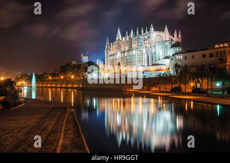 Palma de Mallorca, Spain - May 27, 2016: La Seu, the gothic medieval cathedral of Palma de Mallorca at the night - Stock Photo