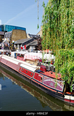 Houseboats on Regents Canal in  London - Stock Photo